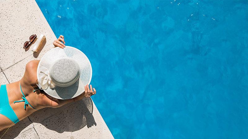 Sommer, Wasser, Lesen: So werden Augen geschützt
